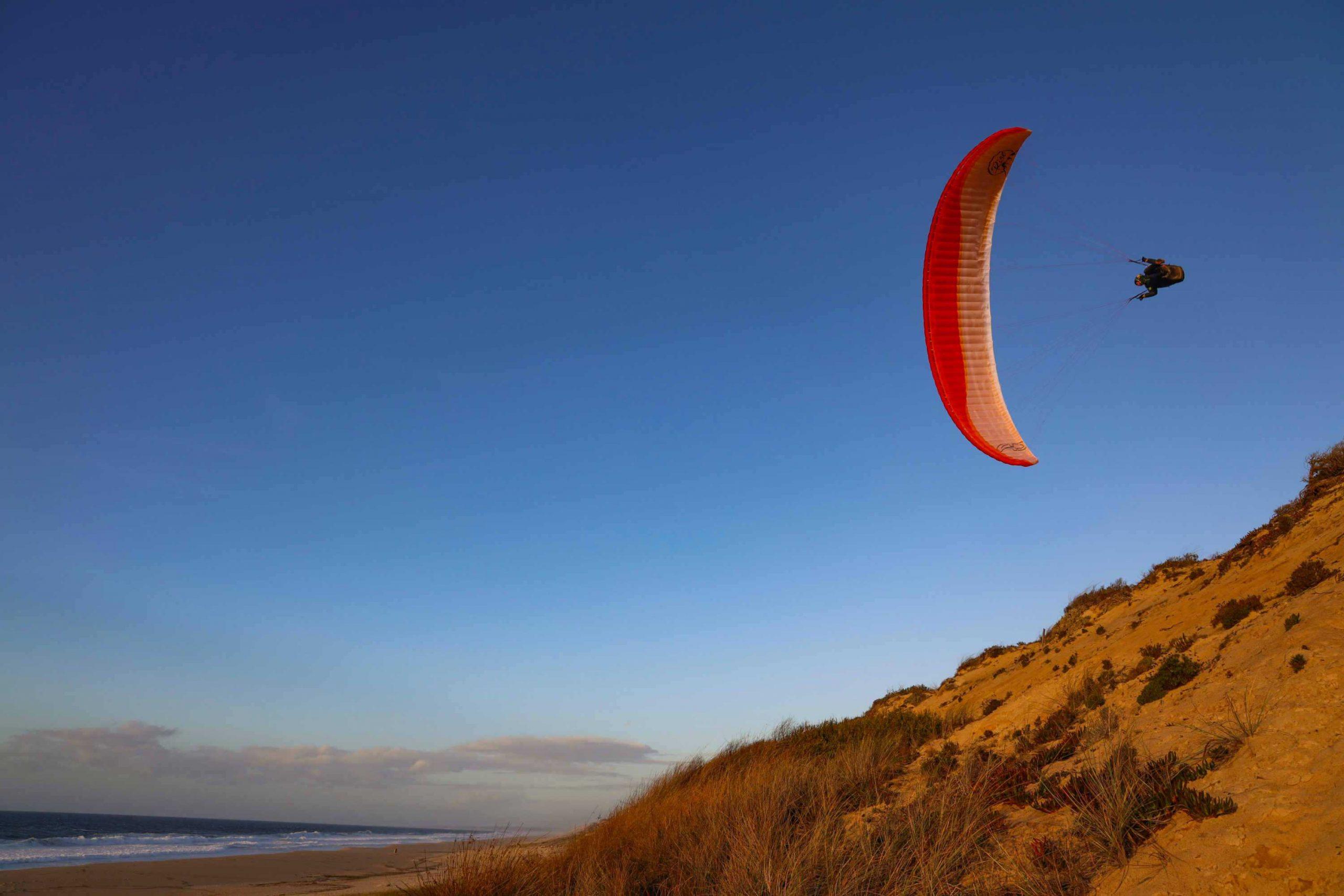 AirDesign Rise 4 orange soaring in Portugal